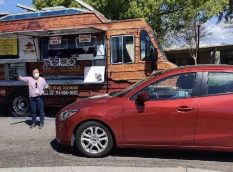 Fullerton FiberCity™ Donates Tacos to Schools in Fullerton